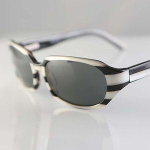 Vintage Vera Wang LUXE sunglasses Japan